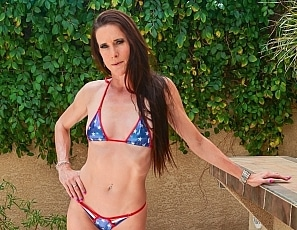SofieMarieXXX/MS Flag Bikini Patio